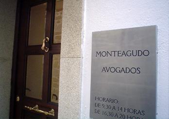 Monteagudo avogados for Horario de oficinas la caixa